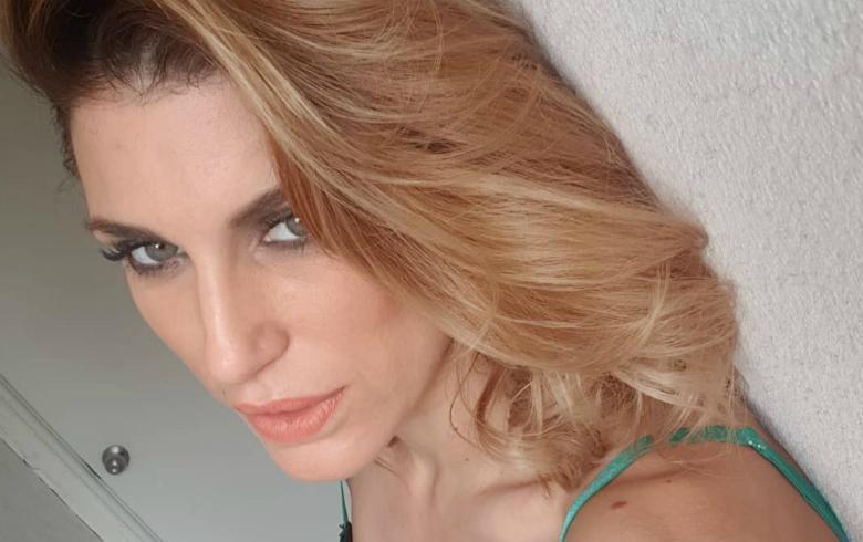 Wilma González Sorprende Con Desnudo Total En La Ducha Ar13cl
