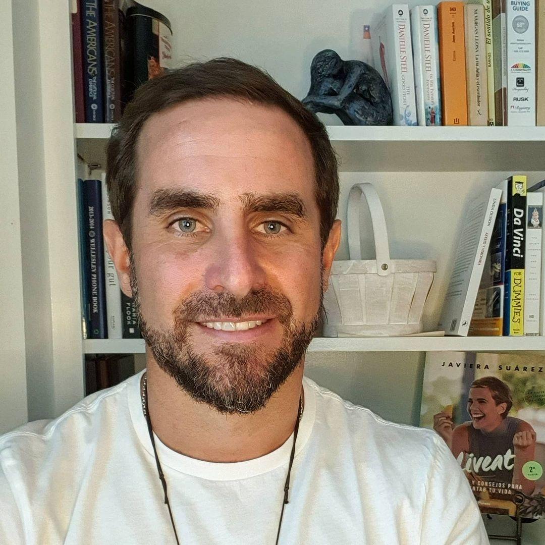 Dr. Cristián Arriagada reconoce que salió con Daniela Nicolás