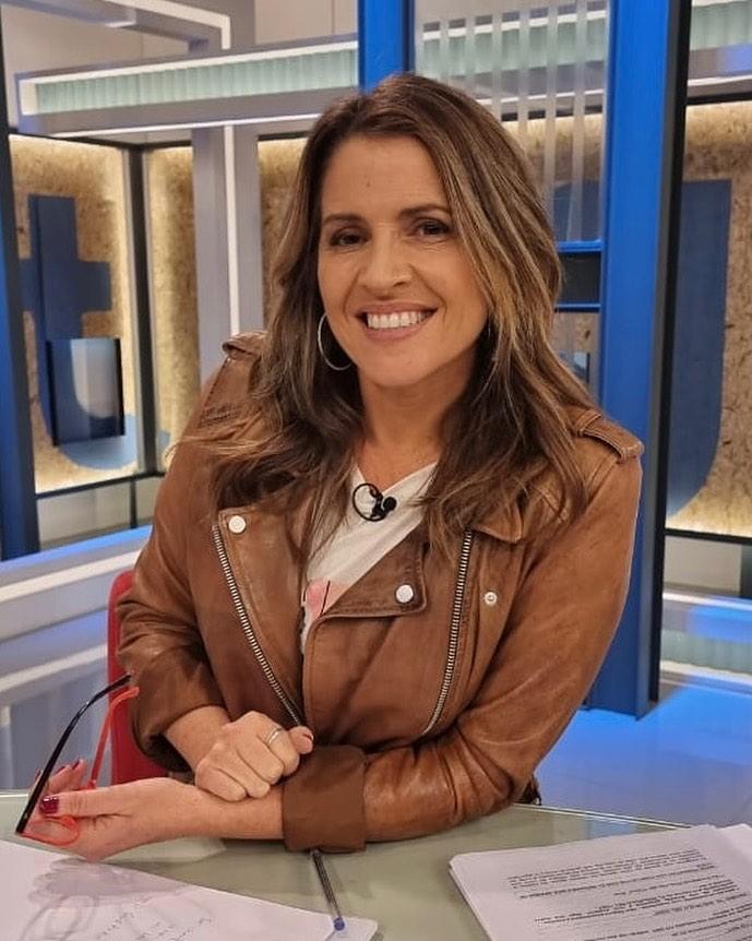 "Monserrat Álvarez detalla su pololeo ""puertas a fuera"""