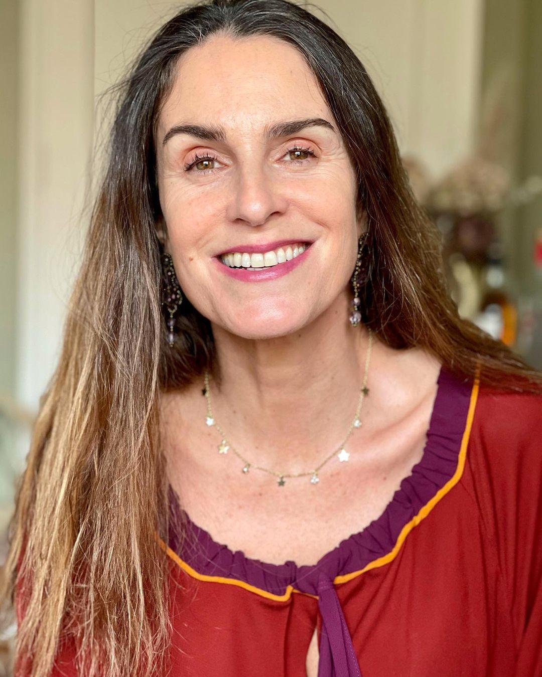 María Gracia Subercaseaux celebra logro estudiantil de su hija