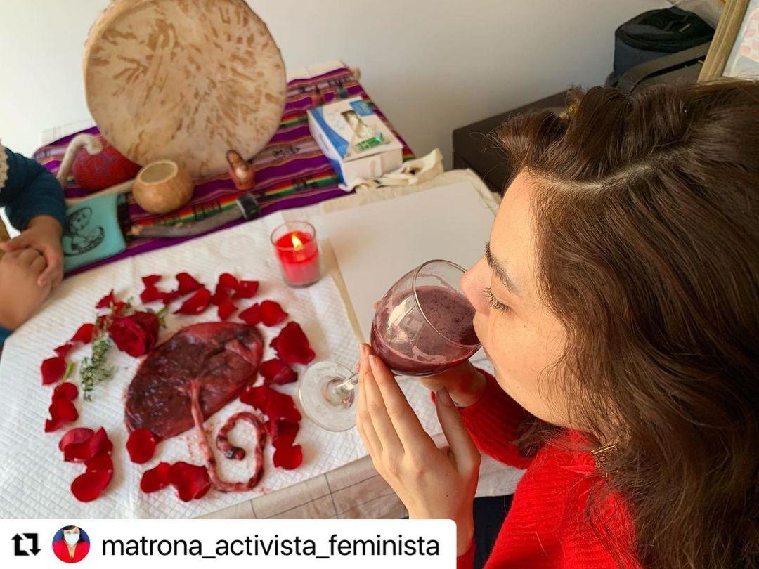 """""""Rallando la papa"""": Kathy Contreras es criticada por fotos"""