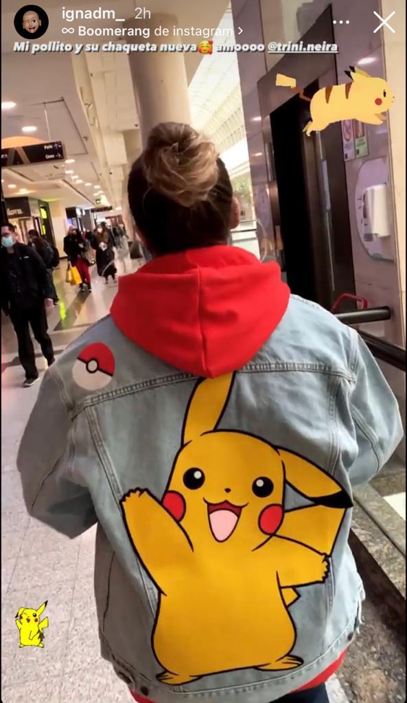 Trini Neira se luce con estilosa chaqueta de Pokémon