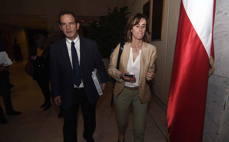 Ignacia Allamand responde a seguidor que criticó a su familia