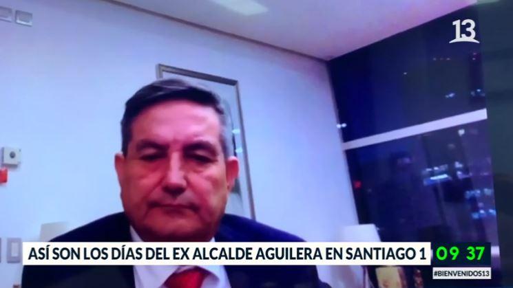 Así son los días del ex alcalde Aguilera en Santiago 1
