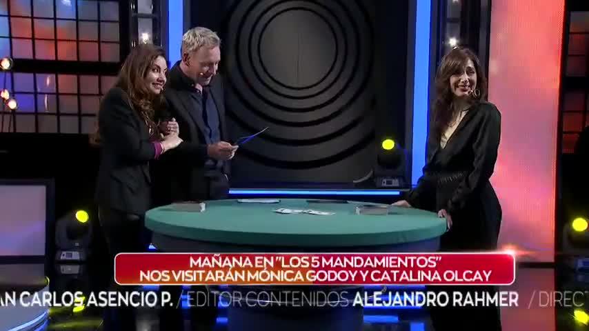Mónica Godoy y Catalina Olcay