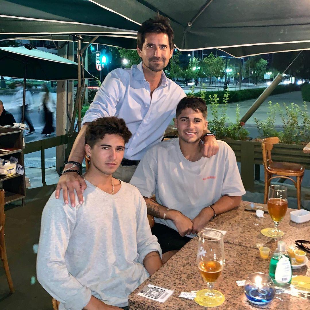 Félix Ureta y sus hijos