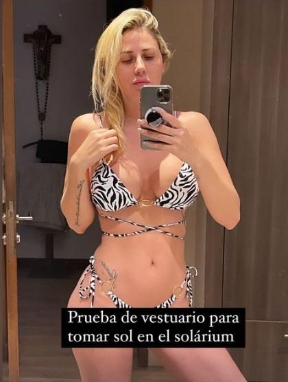 """Regia"": Gissella Gallardo se luce con bikini desde su baño"