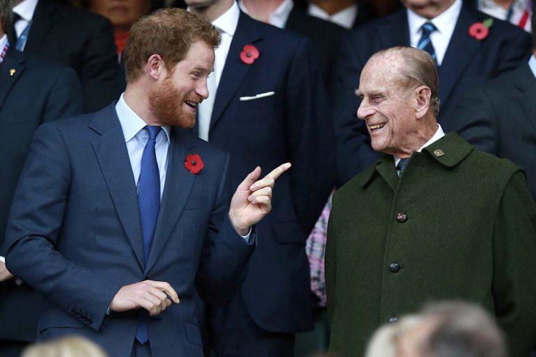 Príncipe Harry y su abuelo el príncipe Felipe