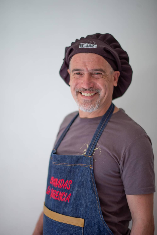 Julio Milostich se reinventa como cocinero en pandemia