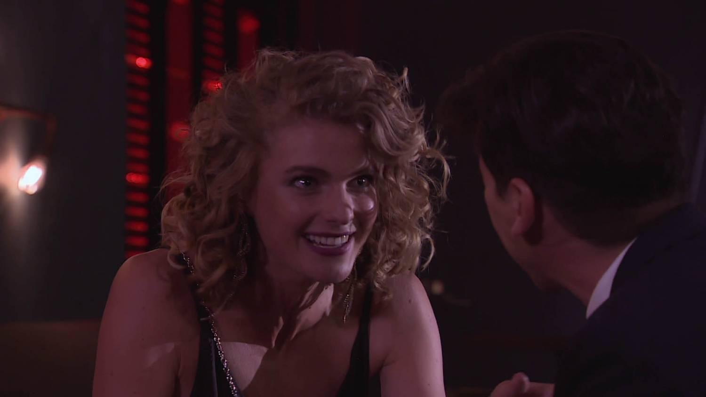 Los planes de Laura con Gaspar son interrumpidos por Florencia