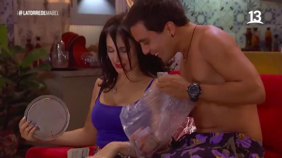 Raúl engaña nuevamente a Pandora y a José Tomás