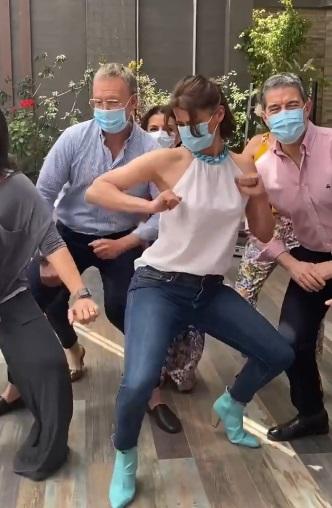 """Tonka Tomicic sorprende con baile junto al equipo de """"Bienvenidos"""""""
