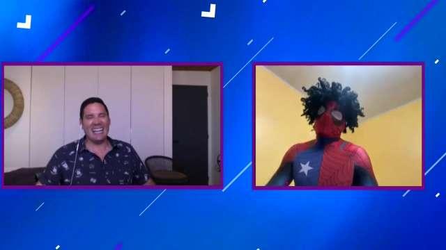 Estúpido y sensual Spiderman hizo un viral para funar a la gente ...