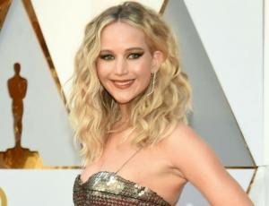 Jennifer Lawrence se deja ver junto a su nueva pareja