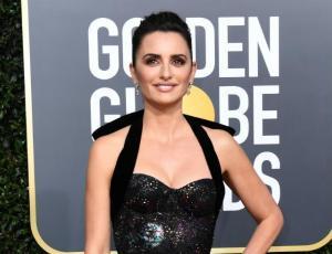 El comentado look de Penélope Cruz en los Globos de Oro