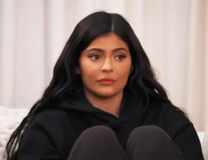 ¡Consternada! Kylie Jenner le pidió a Kim Kardashian detener el bullying hacia Jordyn Woods