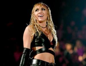 "Arrestan a hombre obsesionado con ""fecundar"" a Miley Cyrus"