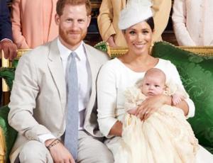Archie, el hijo de Meghan y Harry, hizo su primera aparición pública