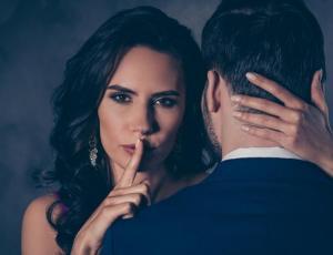 Mujer infiel demandó a motel luego que su marido se enterara de su amante