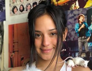 Rocío Toscano muestra tierna foto de su infancia