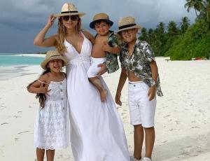 Hija de Arturo Vidal se luce con sombrero de playa Gucci