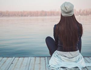 La soledad no deseada puede aumentar el riesgo de padecer demencia