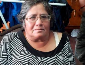 """Mujer del viral """"vístima"""" denuncia robo del dinero que ganó en su fonda"""