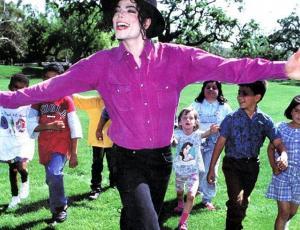 """Leaving Neverland"": Superfanáticos de Michael Jackson lo defienden a morir"