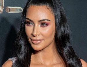 Kim Kardashian jura que no se operó la nariz: fotos la delatarían