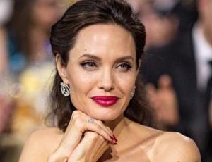 Angelina Jolie se somete a drástico cambio de look