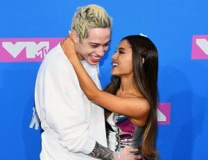 Ariana Grande reacciona a la nueva pareja de Pete Davidson
