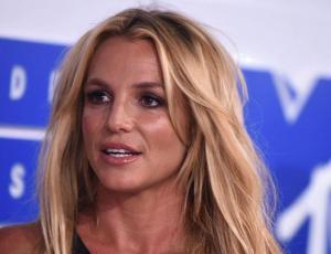 Se filtran imágenes de Britney Spears saliendo de centro de rehabilitación