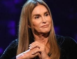 Caitlyn Jenner sorprende con una nariz que la hace ver irreconocible