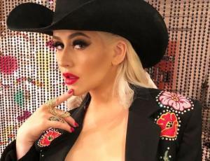 Christina Aguilera encendió las redes sociales con sensuales fotografías