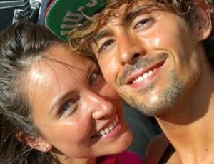 Las románticas fotos del regreso entre Ángela Duarte y Cristóbal Álvarez