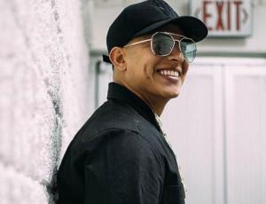 """Abuelita encanta a Daddy Yankee con el challenge """"Que Tire Pa Lante"""""""