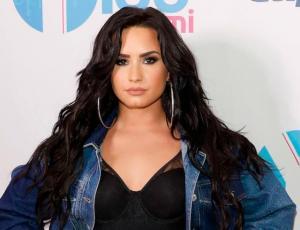 Demi Lovato denuncia en redes a juego que promueve los estereotipos de belleza