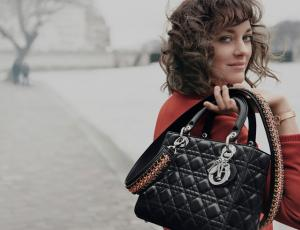 La historia del íconico bolso Lady Dior