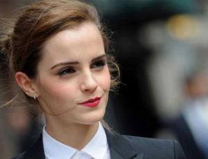 Emma Watson se refiere a la soltería pasados los 30