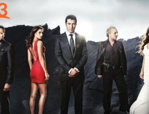 La teleserie Ezel llega a Canal 13 con su imperdible historia de amor y traición