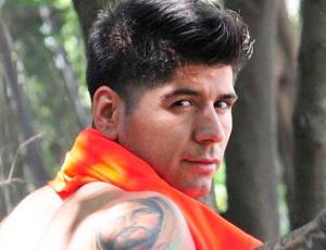 Edmundo Varas revoluciona las redes con particular mensaje ¡en inglés!