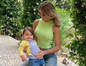 Gala Caldirola recibe lluvia de críticas por bailar reggaetón junto a su hija