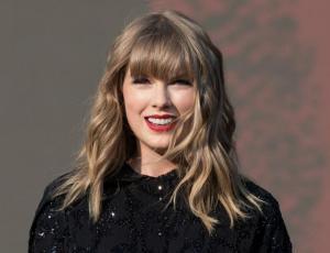 La alocada fiesta de disfraces de Taylor Swift para festejar Año Nuevo