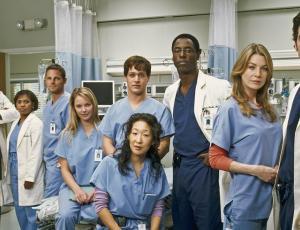 """Productora de """"Grey's Anatomy"""" anuncia el regreso de un personaje muy querido"""