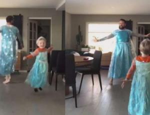 """Padre complace a su hijo fanático de """"Frozen"""" y se vuelve viral"""