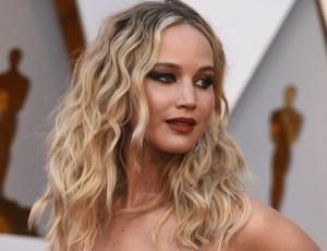 """Reza para que no te vea por la calle"": la fuerte amenaza a Jennifer Lawrence"