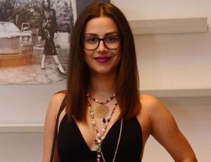 Karla Melo comparte sugerente underboob