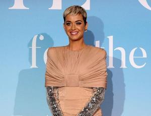 Katy Perry luce irreconocible en nueva sesión de fotos