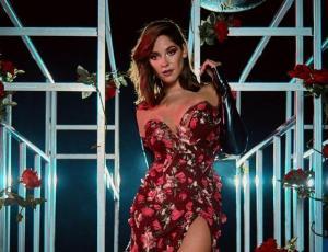 """Kel Calderón y su look para la Gala de Viña: """"Más que elegir un vestido, tratamos de elegir un concepto"""""""