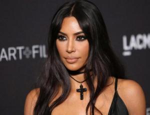 Kim Kardashian lleva la moda del sporty chic demasiado lejos